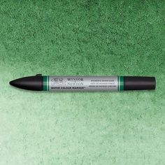 Winsor & Newton Watercolor Markers are expertly crafted with dual nibs to enable you to achieve unrivalled definition and control. Hooker's Green Dark is a rich dark green with a blue tint. Hooker's Green Dark is a mixed pigment watercolor and was originally created by 19th century English botanist illustrator William J. Hooker. #ArtMarkers #ArtSupplies #Art