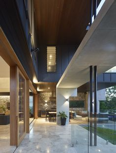 Rosebery Terrace | Queensland Australia | Shaun Lockyer Architects Architecture Details, Interior Architecture, Interior And Exterior, Indoor Outdoor Living, Outdoor Areas, Modular Homes, Residential Architecture, Modern House Design, Luxury Homes