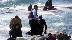 #Greek #residents aid #migrant rescue after #boat capsizes