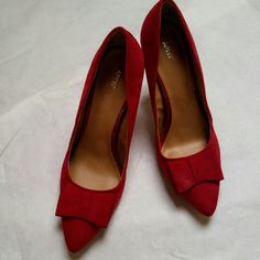 Apt.9 classy red Suede heel Apt. 9 classy red suede heel. Cute now detail on toe. Worn once, only wear is shown in photo and is on the bottom of shoe. In excellent condition. Apt. 9 Shoes Heels