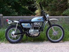 Yamaha 1975 Scrambler -The 520 Chain Cafe Moto Scrambler, Moto Guzzi, Street Scrambler, Yamaha 650, Motos Yamaha, Yamaha Motorcycles, Tracker Motorcycle, Cafe Racer Motorcycle, Motorcycle Girls