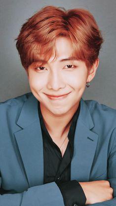 Namjoon is a whole angel Seokjin, Kim Namjoon, Kim Taehyung, Jung Hoseok, Jung So Min, Foto Bts, Boy Scouts, K Pop, Rapper