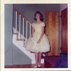 1960s Fashion, Vintage Fashion, Classic Fashion, Women's Fashion, Pretty Dresses, Beautiful Dresses, Beautiful Women, Growing Up Girl, Casual Dresses