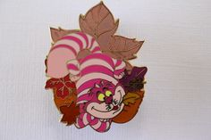 This beautiful Disney pin features the Cheshire Cat from Alice in Wonderland! It's an LE of only 250 and is retired from Disney Shopping 2008. Guaranteed authen