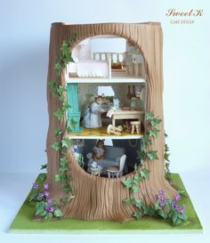 EDITOR'S CHOICE (11/14/2013) The Tree House- Gold award at Cake International by Sweet K View details here: http://cakesdecor.com/cakes/97056