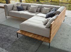 """Entworfen von der österreichischen """"designerei"""" um Thomas Perz und Petrus Gartler überzeugt die Sofalandschaft Castell mit einem aufregenden Kontrast: die """"harte Schale"""" aus Massivholz umgibt den """"weichen Kern"""" aus softer Polsterung. Outdoor Sectional, Sectional Sofa, Couch, Home Furniture, Outdoor Furniture, Outdoor Decor, Designer, Chair, Living Rooms"""