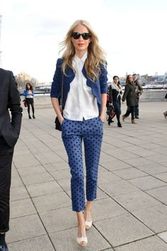 Poppy sported a pair of wallet-friendly Topshop polka-dot cropped pants with a ladylike boucle jacket for the perfect mix of sweet and sexy. She added Spring-ready sandals and a chain-strap bag to amp up the prim factor.