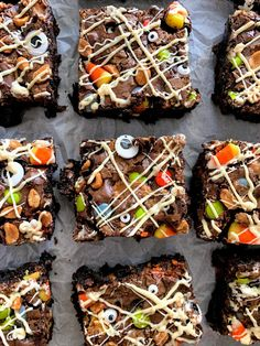 A twist on my favorite Halloween Bark, this takes it to the next level for all that leftover ...