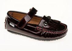 Meet Robin, the classic kids loafer moccasin shoe in purple by Venettini