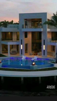 Best Modern House Design, Dream Home Design, Modern House Plans, Luxury Home Decor, Luxury Interior Design, Home Building Design, Mansion Interior, Modern Mansion, Luxury Homes Dream Houses