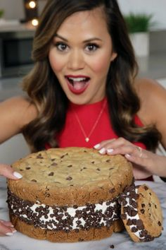 How to Turn Cookie Cake Into a GIANT Ice Cream Sandwich #EatTheTrend