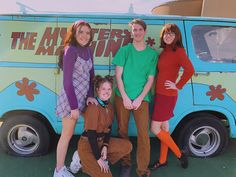 Scooby Doo Group Costume - Real Time - Diet, Exercise, Fitness, Finance You for Healthy articles ideas Group Halloween Costumes For Adults, Best Group Halloween Costumes, Best Friend Halloween Costumes, Zombie Costumes, Family Costumes, Scooby Doo Costumes, Group Costumes For Girls, Costumes For 3 People, Halloween Mono