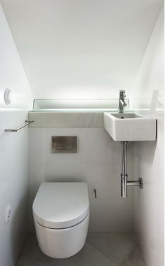Resultado De Imagen Plano Baño Escalera Tiny Bathroomssmall