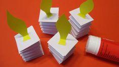Papírový adventní věnec je originální, bezpečný a nedělá nepořádek! Prostě ideální pro děti. Můžete ho vytvořit různě barevný, dozdobit třpytkami nebo většími bambulkami. Jenga, Toys, Manualidades, Activity Toys, Clearance Toys, Gaming, Games, Toy, Beanie Boos