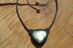 labradorite cabochon handmade macrame gemstone by ARTEAMANOetsy