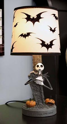 love the bat lamp shade!