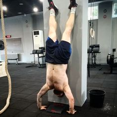 8/6/2014  10 min. Emom   Even: 5 x chest to bar pull-ups Odd: 5 x strict handstand push-ups  For time:   21-15-9  Power cleans (60kg) Jump over the box  Wallball   Time: 9.22  Location: crossfit blackboard