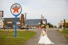 Little-Log-House-Wedding-13