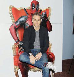 Ryan Reynolds. Preparandose para estrenar Deadpool
