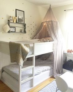 ikea kura bed hacks with slide Bunk Beds With Stairs, Kids Bunk Beds, Bunk Beds For Girls Room, House Bunk Bed, Loft Beds, Bed Rails, Girl Rooms, Cama Ikea Kura, Ikea Deco