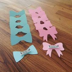 Gender Reveal Pins: Pink Girl Bows & Blue Boy Bow Tie Gender Reveal Party Baby Shower - Set of 12 Die Cut Wedding Engagement Vote - Party Pins: Gender Reveal Baby Shower – Die Cut Pink Girl Bows & Blue Boy Bow Tie Wedding Engagem - Deco Baby Shower, Fiesta Baby Shower, Shower Bebe, Boy Shower, Baby Gender Reveal Party, Gender Party, Gender Reveal Box, Baby Party, Baby Shower Parties