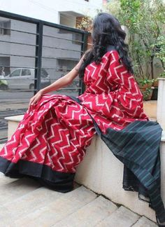 Red with Black Handwoven Pure Pochampally Ikkat Saree