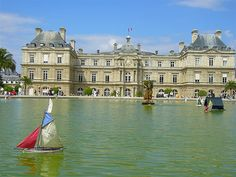 Luxembourge Gardens, Paris. - Here I come!