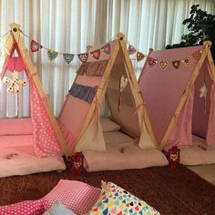 Super cute idea for a sleepover / slumber / pajama party Kindergarten Party, Sleepover Party, Slumber Parties, Pj Party, Indoor Tents, Teepee Party, Party Hire, Kids Tents, Camping Parties