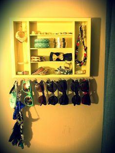 Flatware Drawer Tray into Accessory Organizer Source by earthsign organizer Closet Organization, Jewelry Organization, My New Room, My Room, Ideas Para Organizar, So Little Time, Getting Organized, Making Ideas, Just In Case