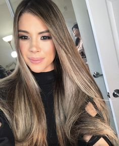 Hair Highlights, Trendy Hairstyles, Long Hair Styles, Colors, Beauty, Highlights For Hair, Latest Hairstyles, High And Low Lights, Long Hairstyle