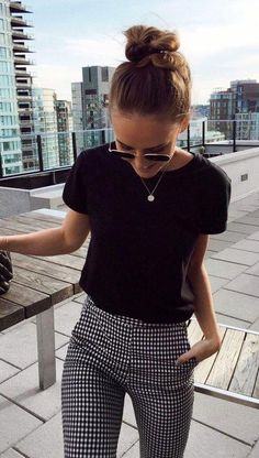"summer outfits Black Tee Gingham Pants -> SALE up to off Fashio . - SALE bis auf Fashio…""> summer outfits Black Tee Gingham Pants -> SALE up to - Trajes Business Casual, Business Casual Outfits For Women, Professional Summer Outfits, Casual Church Outfits, Church Outfit Winter, Classic Outfits For Women, Business Professional, Semi Formal Outfits For Women, Business Casual Womens Fashion"