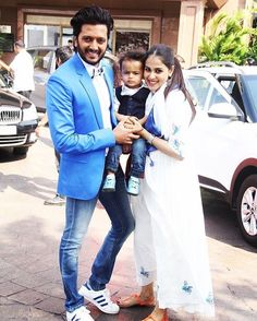 Cute Little Family  #riteshdeshmukh #geneliadsouza #ritesh #geneliadeshmukh #Bollywood by #BollywoodScope