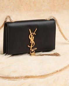http://www.ahandbag.se/purse/handbags/yves-saint-laurent-cassandre-small-tassel-bag-black/