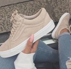 best service 315dd 63886 Beige Shoes, Beige Sneakers, Beige Trainers, Shoes Sneakers, Cute Vans, Cute