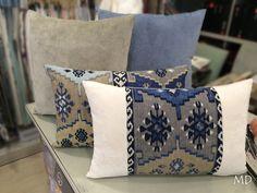Telas imitando a los kilim pero con la diferencia de que tienen una textura agradable #MDLolaHerrán #Sevilla #decoración #interiorismo #cojines #personalizados #kilim #telas #fabrics