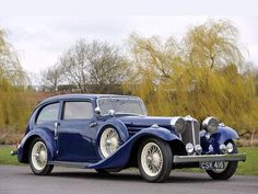 ✿ ❤ 1936 Jaguar - Airline Sedan Maintenance of old vehicles: the material for new cogs/casters/gears/pads could be cast polyamide which I (Cast polyamide) can produce Cars Vintage, Retro Cars, Antique Cars, Xjr, Classy Cars, Limousine, Hot Cars, Aston Martin, Motor Car