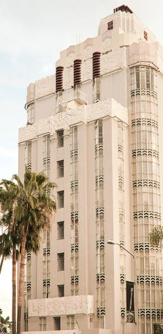 #ArtDeco | Sunset Tower Hotel,  Los Angeles, California