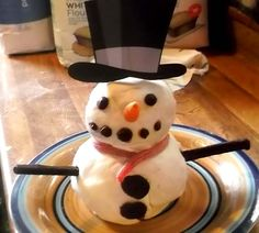 The wonderful Megan Whiteman created her very own Snowie! Good Excuses, Free Range, Raise Funds, Hens, Fundraising, Baking, Bread Making, Patisserie, Backen