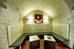 Ristrutturare un bar situato in un edificio di interesse storico Reestructuracion de un edificio histórico