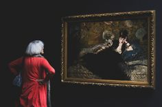 Lady in red photo by Bianca Isofache ( on Unsplash Museum Of Modern Art, Art Museum, Writing Inspiration, Creative Inspiration, Le Cri Munch, How To Make Oil, Burn Out, Free Museums, Paris City