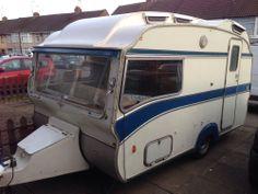Vintage Safari 12-2 Caravan Retro Classic Lantern Roof Fully Renovated