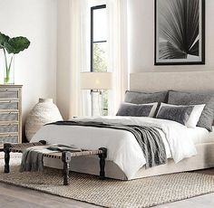 What to Expect From Beautiful Modern Grey Bedroom Grey Decor? Personalize the decor it is straightforward to change or remove. The bedroom decor should match with the remaining portion of the home. DIY bedroom decor is going to be a… Continue Reading → Interior Modern, Home Interior, Eclectic Modern, Interior Colors, Modern Luxury, Modern Lamps, Black Luxury, Interior Livingroom, Modern Exterior