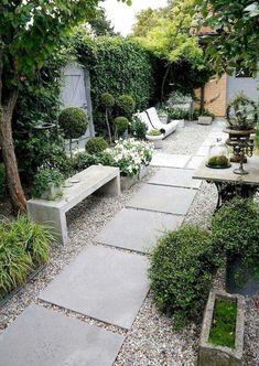 Lovely Small Courtyard Garden Design Ideas For Home 9 Small Courtyard Gardens, Small Courtyards, Small Gardens, Amazing Gardens, Beautiful Gardens, Small Garden Design, Ideas Geniales, Plant Wall, Plantation