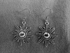 Beautiful pair of Silver Earrings with Large Sun and Hypoallergenic Surgical Steel Ear Wires by COOLSTUFFGOODPRICES on Etsy