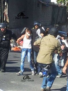 PHOTO: #Israel's occupation forces detained 2 youths in E. #Jerusalem's Wadi Joz today. #EastJerusalem #FreePalestine
