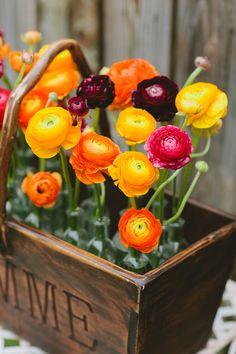 DIY: Colorful Box Arrangement - Project Wedding