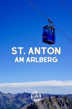 St. Anton am Arlberg, der weltbekannte Skiort kann auch im Sommer und Herbst punkten mit atemberaubender Aussicht. Mach einen Ausflug hinauf zum Valluga, schnür die Wanderstiefel oder schwing dich aufs E-Mountainbike. In meinem Artikel verrate ich dir, wo es besonders schön ist.