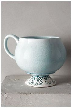 Chilled Sky Mug by Anthropologie Green Mug/cup Mugs from Anthropologie. Shop more products from Anthropologie on Wanelo. Pottery Mugs, Ceramic Pottery, Thrown Pottery, Slab Pottery, Pottery Ideas, Ceramic Cups, Ceramic Art, Cerámica Ideas, Cute Cups