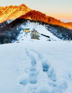 Mazalat hut, Central Balkan, Bulgaria (by Jordan Savoff)