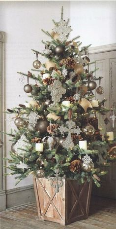 Neutral tone Christmas tree. Repinned from Vital Outburst clothing vitaloutburst.com